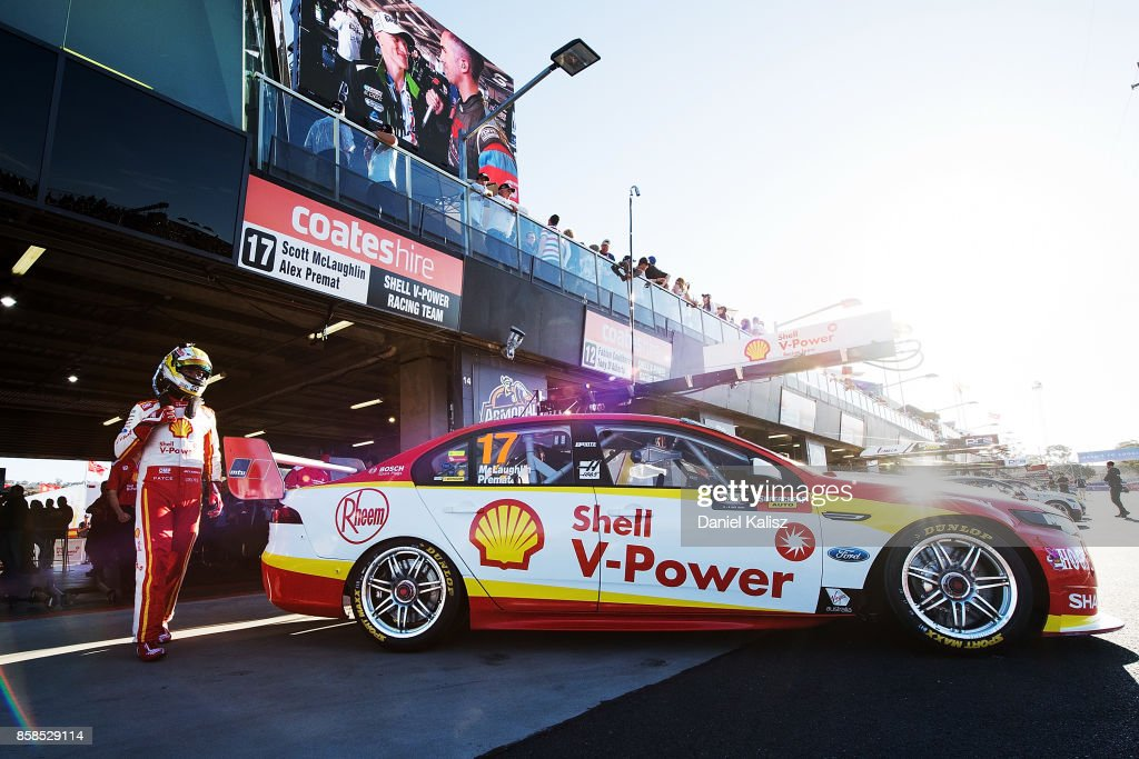 Scott McLaughlin driver of the #17 Shell V-Power Racing Team Ford Falcon FGX climbs aboard his car during the top ten shootout ahead of this weekend's Bathurst 1000, which is part of the Supercars Championship at Mount Panorama on October 7, 2017 in Bathurst, Australia.