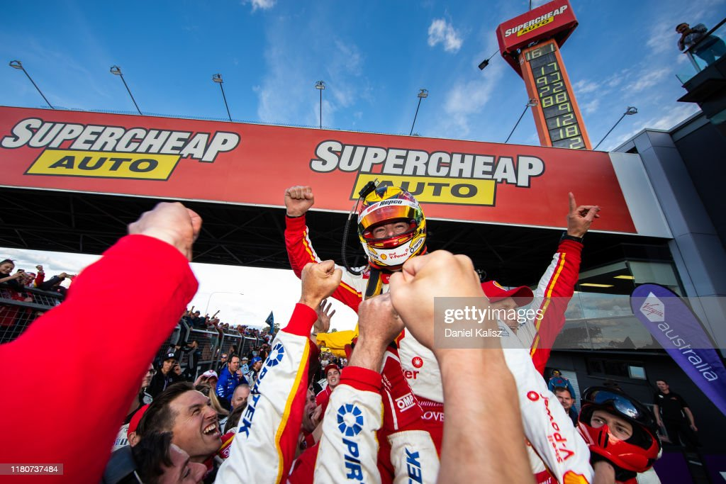 Bathurst 1000 - Supercars Championship: Race : News Photo