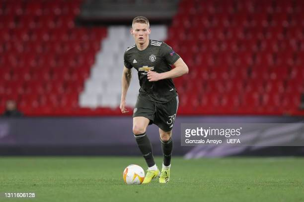 Scott McTominay of Manchester United controls the ball during the UEFA Europa League Quarter Final First Leg match between Granada CF and Manchester...