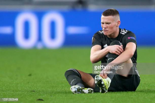 Scott McTominay of Manchester United Fc injured during the UEFA Europa League Round of 32 match between Real Sociedad and Manchester United at...
