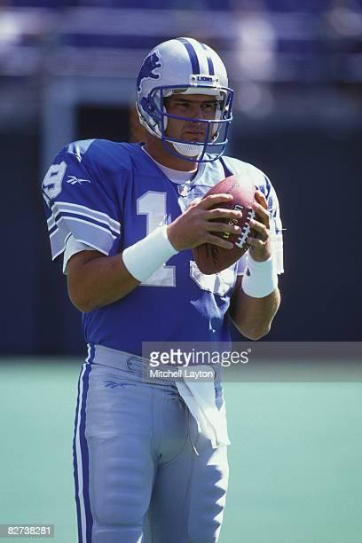 Scott Mitchell of the Detroit Lions before a NFL football game against the Philadelphia Eagles on September 15 1996 at Veterans Stadium in...