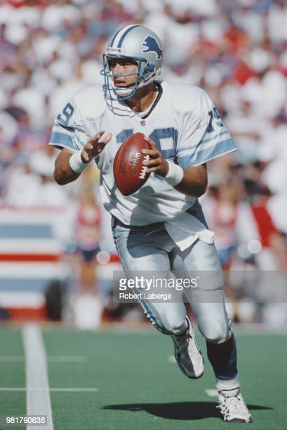 Scott Mitchell, Quarterback for the Detroit Lions during the American Football Conference East game against the Buffalo Bills on 5 October 1997 at...