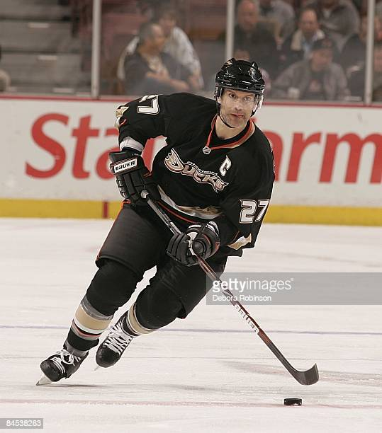 Scott Niedermayer of the Anaheim Ducks drives the puck against the Chicago Blackhawks during the game on January 28 2009 at Honda Center in Anaheim...