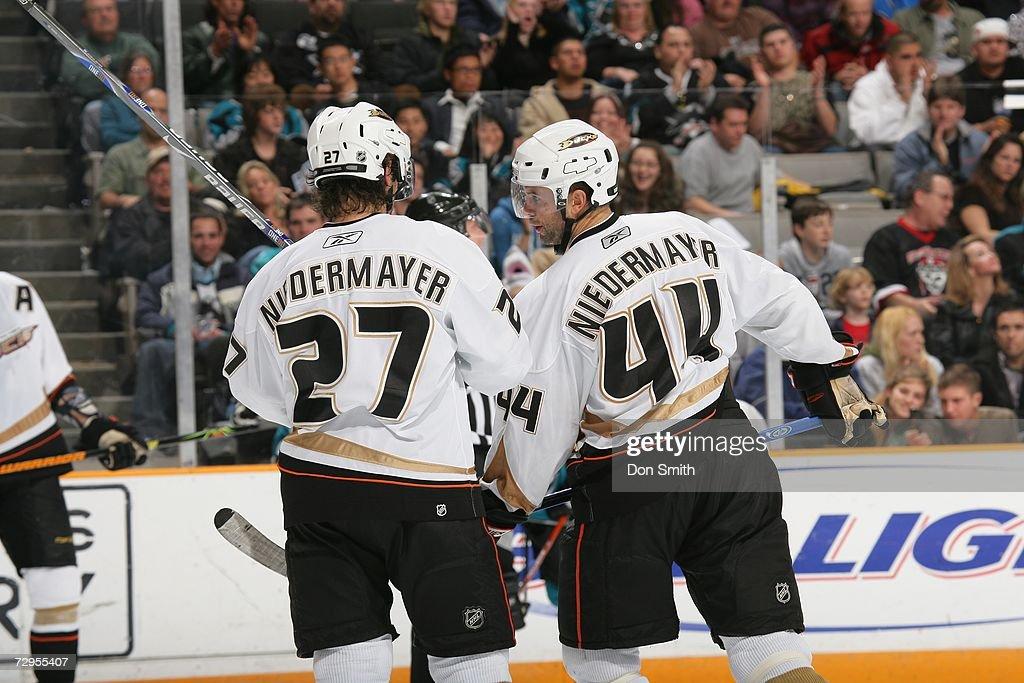 a0b57866436 Scott Niedermayer of the Anaheim Ducks talks with is brother Rob ...