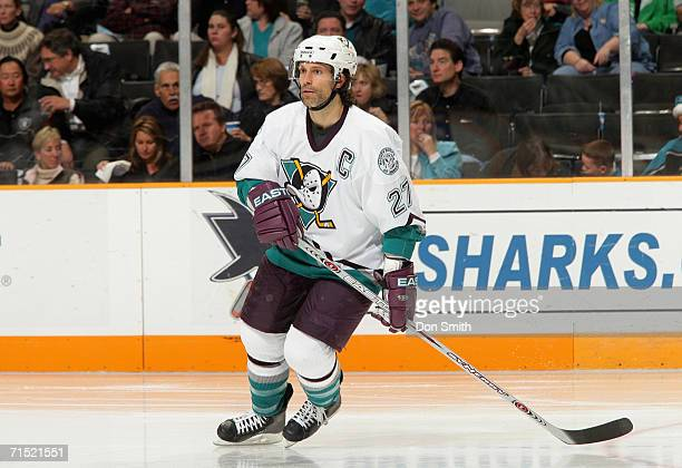 Scott Niedermayer of the Anaheim Mighty Ducks skates during a game against the San Jose Sharks on December 20, 2005 at the HP Pavilion in San Jose,...