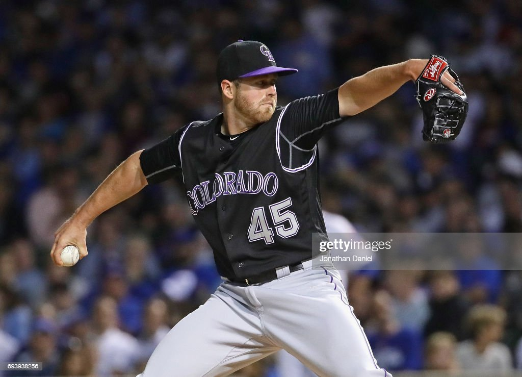 Scott Oberg #45 of the Colorado Rockies pitches in the 7th inning against the Chicago Cubs at Wrigley Field on June 8, 2017 in Chicago, Illinois. The Rockies defeated the Cubs 4-1.