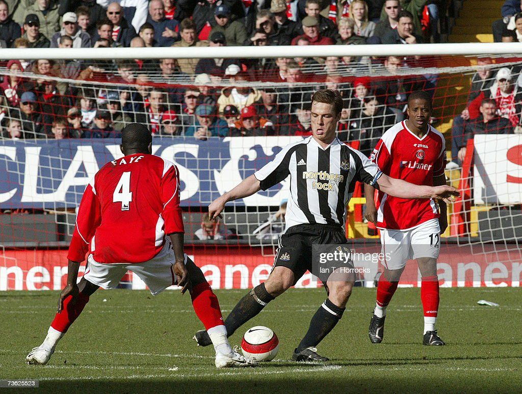 Charlton Athletic v Newcastle United : News Photo