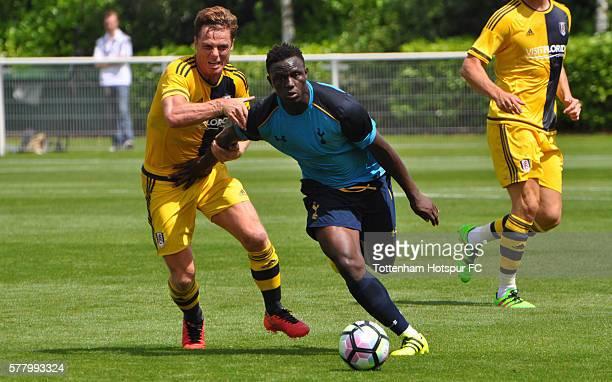 Scott Parker of Fulham challenges Victor Wanyama of Tottenham Hotspur during preseason friendly between Tottenham Hotspur and Fulham at the Tottenham...