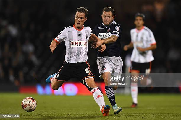 Scott Parker of Fulham in action during the Sky Bet Championship match between Fulham and Bolton Wanderers at Craven Cottage on October 1 2014 in...