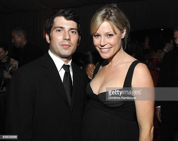 Scott Phillips and Julie Bowen at the PEOPLE/Entertainment Industry Foundation SAG Awards party *EXCLUSIVE* 12866_DK_0038jpg