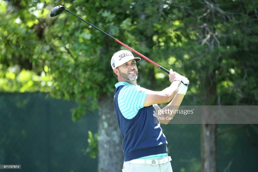 Scott Piercy of the United States plays a shot during practice rounds prior to the 2018 U.S. Open at Shinnecock Hills Golf Club on June 11, 2018 in Southampton, New York.