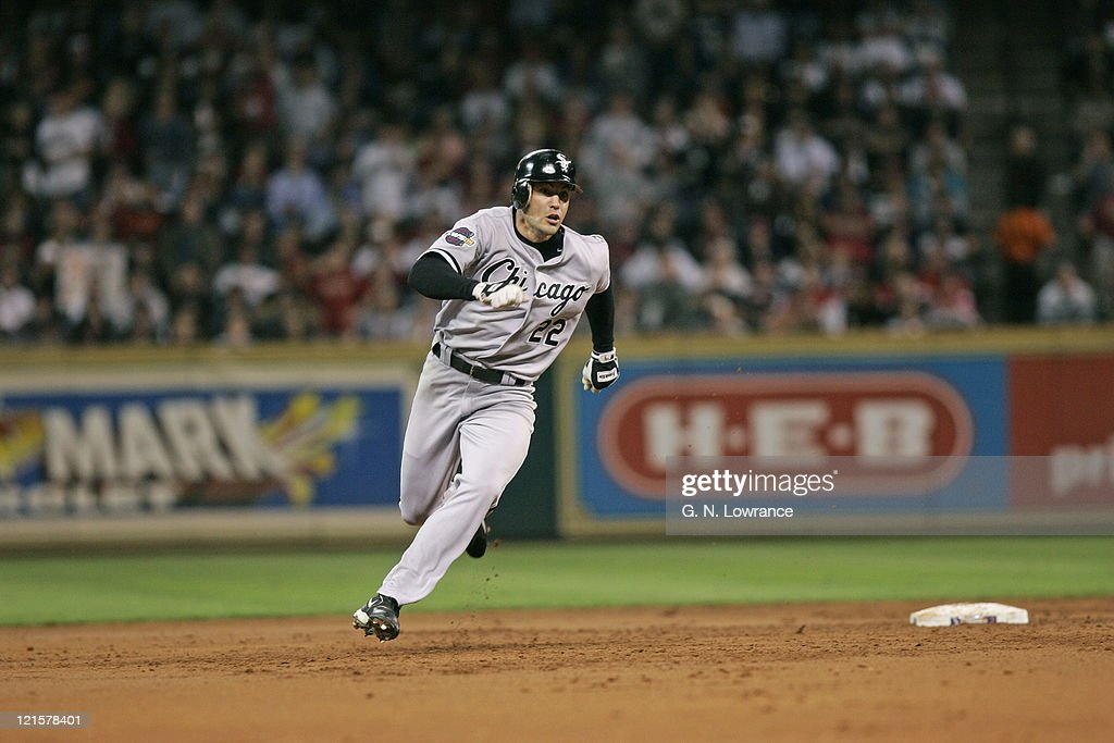 2005 World Series - Chicago White Sox vs Houston Astros - Game 4