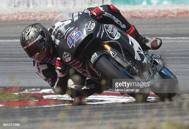 Scott Redding of Great Britain and Estrella Galicia 00 Marc VDS rounds the bend during the MotoGP Tests in Sepang Day One at Sepang Circuit on...