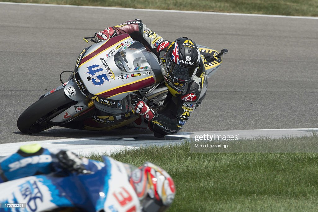 Scott Redding of Great Britain and Marc VDS Racing Team rounds the bend during the Moto2 race during the MotoGp Red Bull U.S. Indianapolis Grand Prix - Race at Indianapolis Motor Speedway on August 18, 2013 in Indianapolis, Indiana.