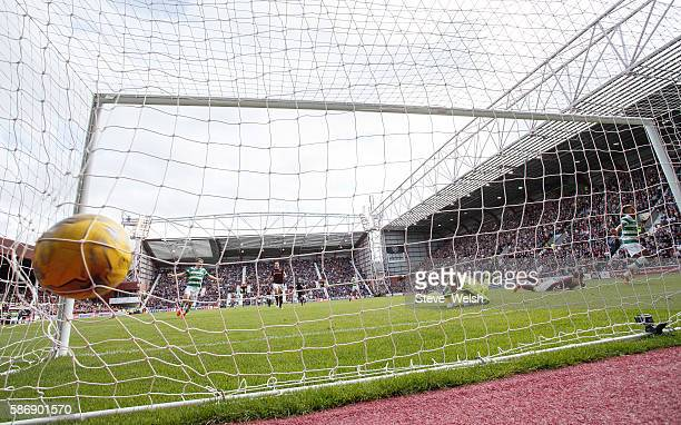 Scott Sinclair of Celtic scores his winning goal during the Ladbrokes Scottish Premiership match between Hearts and Celtic on August 7 2016 in...