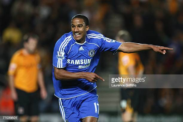 Scott Sinclair of Chelsea celebrates scoring the opening goal durng the Carling Cup Third Round Match between Hull City and Chelsea at the KC Stadium...