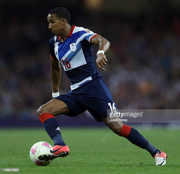 Scott Sinclair of Great Britain in action during the Men's Football Quarter Final match between Great Britain and Korea, on Day 8 of the London 2012...