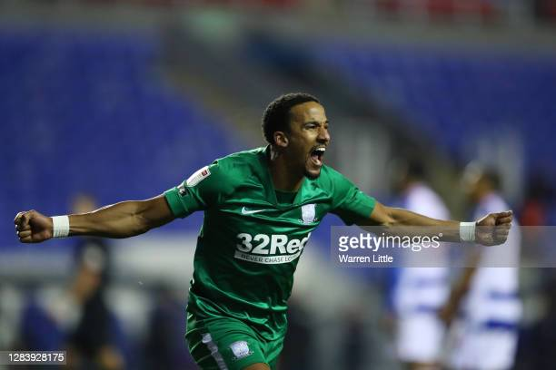 Scott Sinclair of Preston North End celebrates after scoring his sides first goal during the Sky Bet Championship match between Reading and Preston...