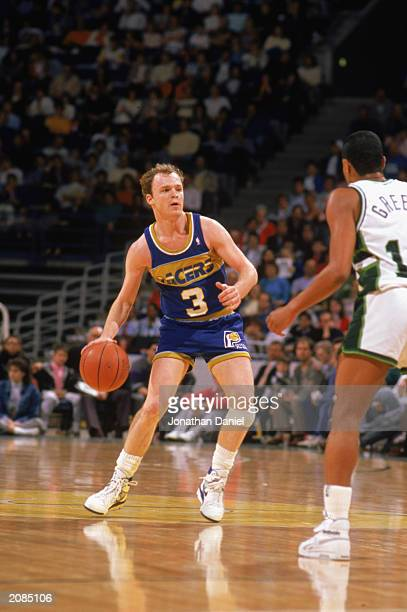 Scott Skiles of the Indiana Pacers dribbles against the Milwaukee Bucks during the game in Milwaukee Wisconsin