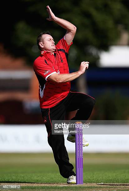 Scott Styris of Leicestershire in action during the Royal London One Day Cup match between Leicestershire Foxes and Derbyshire Falcons at Grace Road...