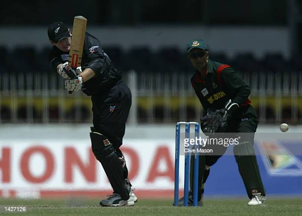 Scott Styris of New Zealand in action during the ICC Champions Trophy match between New Zealand and Bangladesh at the SSC Stadium in Colombo Sri...