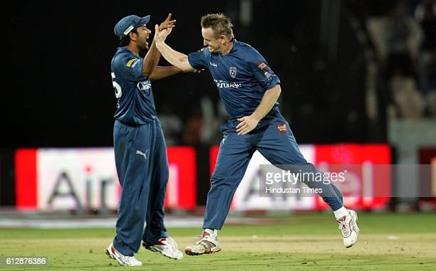 Scott Styris of the oDeccan Chargers Deccan Chargers celebrates bowling James Hildreth of Somerset during the Airtel Champions League Twenty20 Group...