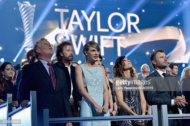 Scott Swift honoree Ronnie Dunn honoree Taylor Swift Cassidy Black and recording artist Dierks Bentley attend the 50th Academy Of Country Music...