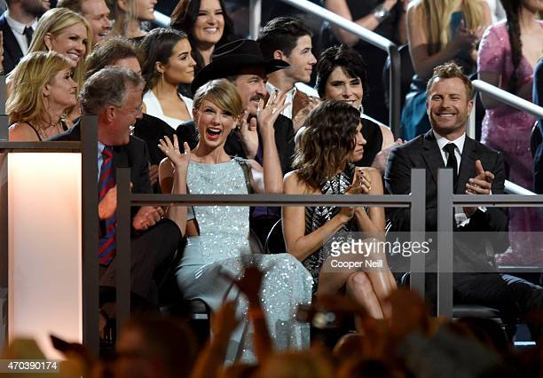 Scott Swift honoree Taylor Swift Cassidy Black and recording artist Dierks Bentley attend the 50th Academy of Country Music Awards at ATT Stadium on...