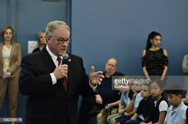 Scott Wagner gives a closing statement at a forum for the Democratic and Republican candidate for the seat of Governor at the School District of...