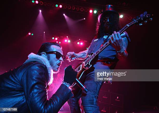 Scott Weiland and Slash of Velvet Revolver in concert on New Year's Eve 2008 at Hammerstein Ballroom in New York City