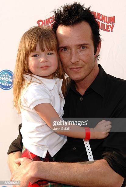Scott Weiland of Velvet Revolver and daughter Lucy Olivia