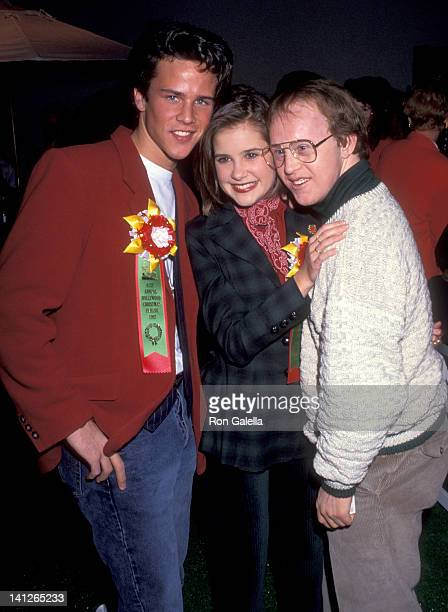 Scott Weinger Kellie Martin and Chris Burke at the 61st Annual Hollywood Christmas Parade Green RoomKTLA Studios Hollywood