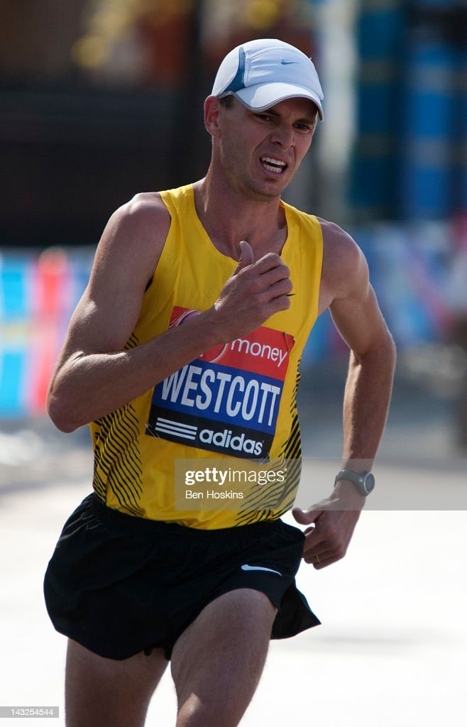 Virgin London Marathon 2012 : News Photo
