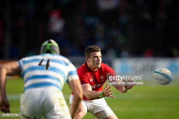 Scott Williams from Wales recibes the ball during the International Test Match between Argentina and Wales at the Brigadier Estanislao Lopez Stadium...
