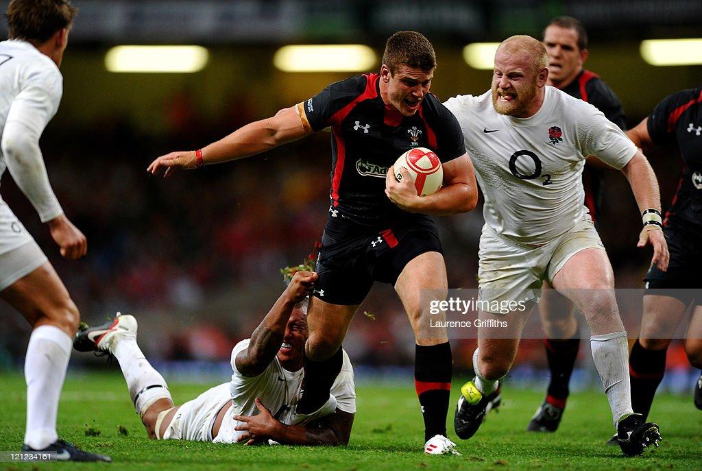 Wales v England - International Friendly : News Photo