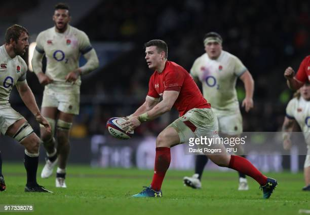 Scott Williams of Wales passes the ball during the NatWest Six Nations match between England and Wales at Twickenham Stadium on February 10 2018 in...