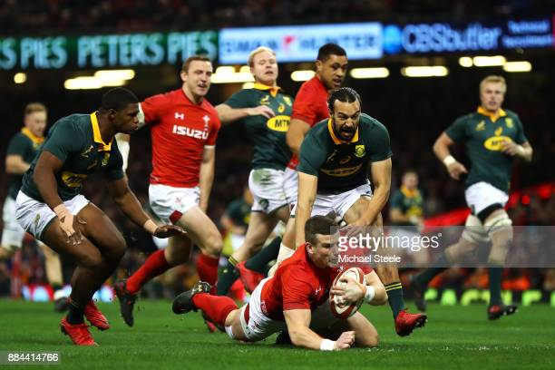 Scott Williams of Wales touches down for the first try during the international match match between Wales and South Africa at Principality Stadium on...