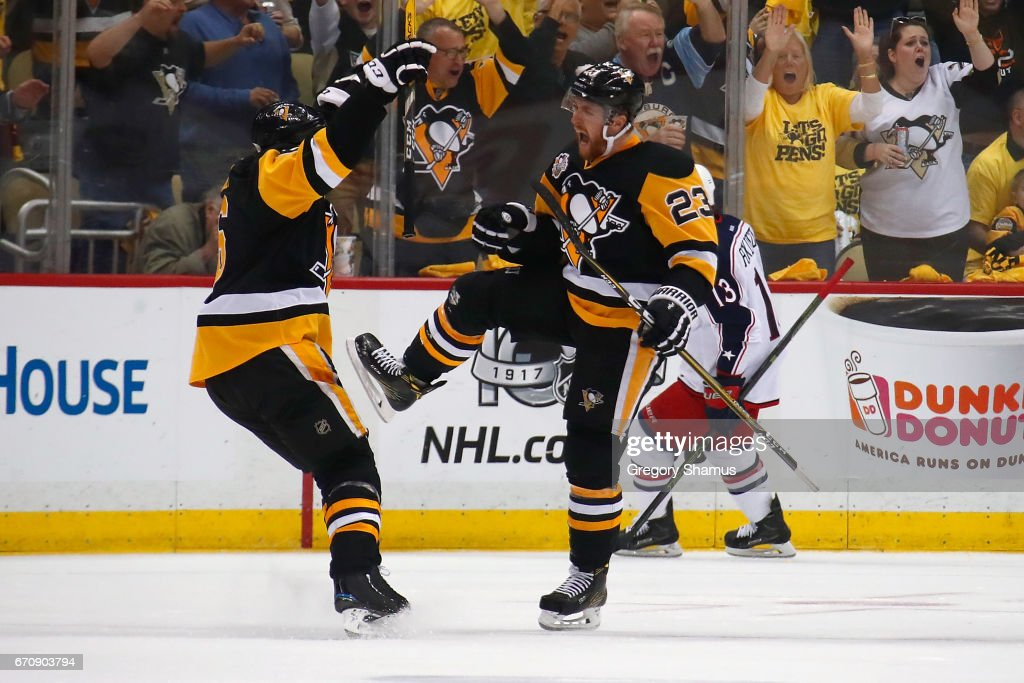 Penguins, Predators Advance in NHL Playoffs