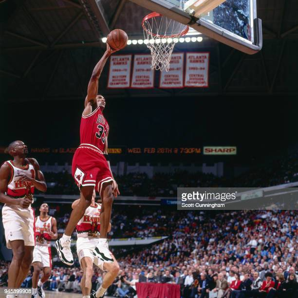 Scottie Pippen of the Chicago Bulls dunks the ball against the Atlanta Hawks on February 22 1996 at the Omni Coliseum in Atlanta Georgia NOTE TO USER...