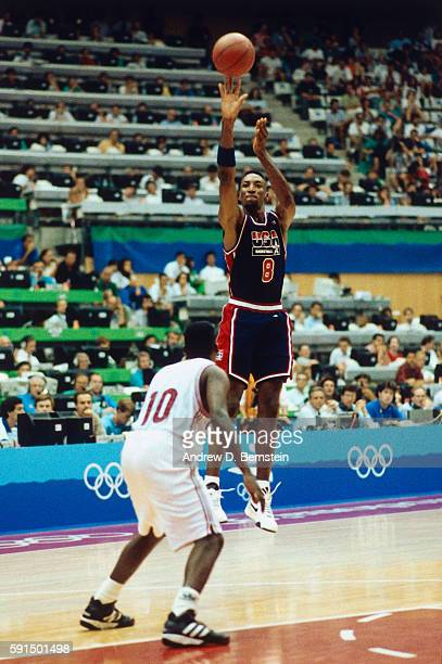 Scottie Pippen of the United States National Team shoots the ball during the 1992 Olympics against Puerto Rico in Barcelona Spain at Palau Municipal...