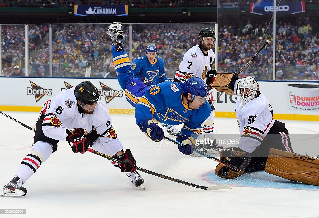 Scottie Upshall 10 Of The St Louis Blues Is Upended During 2017 Bridgestone