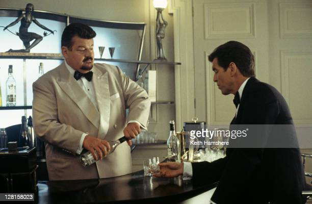 Scottish actor Robbie Coltrane as Valentin Dmitrovich Zukovsky and Irish actor Pierce Brosnan as 007 in a scene from the James Bond film 'The World...