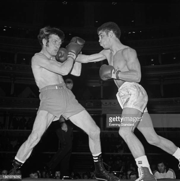 Scottish boxer Vernon Sollas fights Mickey Piner at the Royal Albert Hall in London, UK, 5th June 1973.