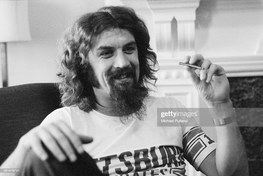Scottish comedian and folk singer Billy Connolly, London, 18th October 1975.