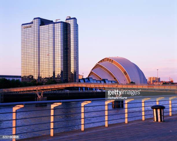 scottish exhibition centre by river in glasgow - river clyde stock pictures, royalty-free photos & images