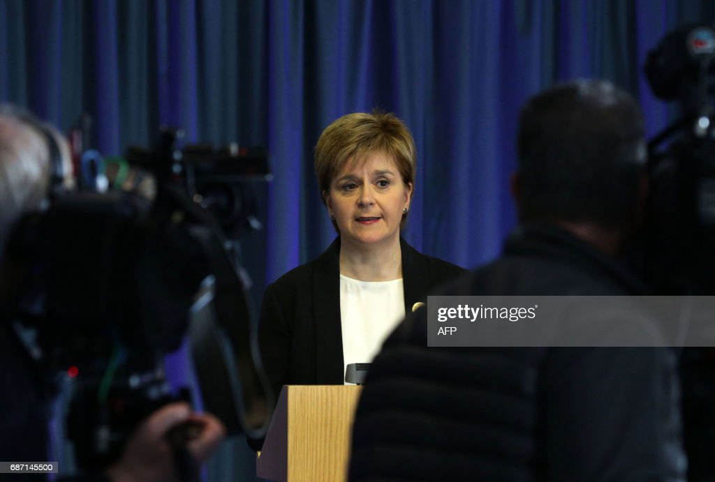 Scottish First Minister and Leader of the SNP, Nicola Sturgeon speaks to the media in Edinburgh on May 23, 2017, in response to a deadly suspected suicide bombing in the northern city of Manchester. A suicide bombing at a packed Manchester pop concert designed to cause 'maximum carnage' killed 22 people including children, in the deadliest terror attack in Britain for more than a decade. / AFP PHOTO / POOL / David CHESKIN