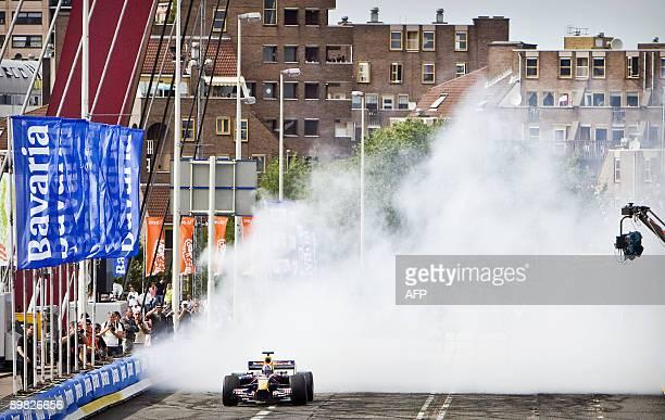 Scottish Formula 1 racing driver drives his car during the Bavaria City Racing in Rotterdam on August 16 2009 AFP PHOTO / ANP KOEN VAN WEEL...