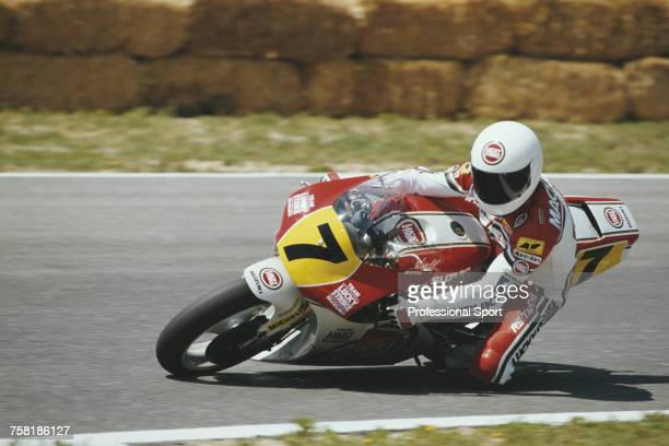 Scottish Grand Prix motorcycle road racer Niall Mackenzie rides the 500cc Lucky Strike Suzuki RGV500 to finish in 8th place in the 1990 Spanish 500cc...