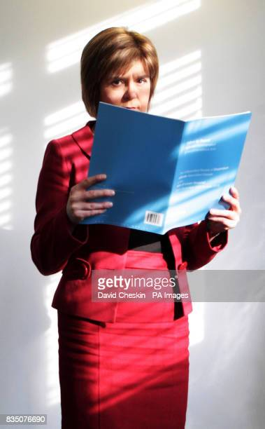 Scottish Health Minister Nicola Sturgeon holds a followup report on Vale of Leven hospital at St Andrew's House Edinburgh The Independent Review Team...