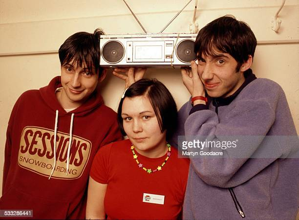Scottish indie band Bis group portrait London United Kingdom 1995 Lineup includes Steven Clark John Clark and Amanda Mackinnon